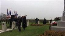 Dépôt de gerbe au monument australien de Pozières (80) par M. Kader Arif, ministre chargé des Anciens Combattants le 15/11/2012