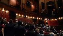 #M5S Ecco cosa succede a far votare le riforme costituzionali di notte. .. Vergogna! - MoVimento 5 Stelle