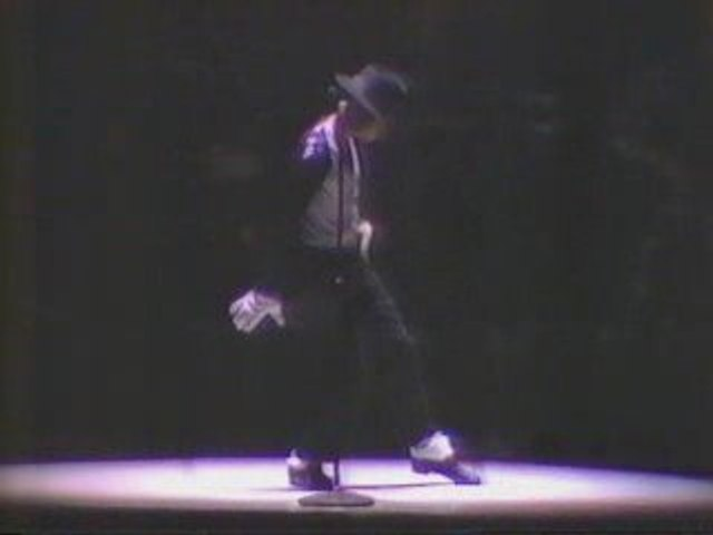 1987 MJ moonwalk in JAPAN