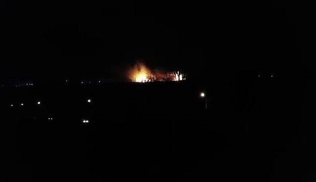 Bus et poids lourds en feu sur l'A1