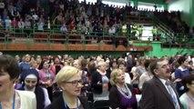Modlitwa uwielbienia podczas III dnia rekolekcji prowadzonych w Toruniu przez o. Józefa Witko OFM w dniach 13-15.02.2015 r.