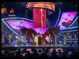 Shoaib and Sania with Shahrukh in star plus show - YouTube