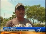 Oleaje afecta a varias casas en Esmeraldas