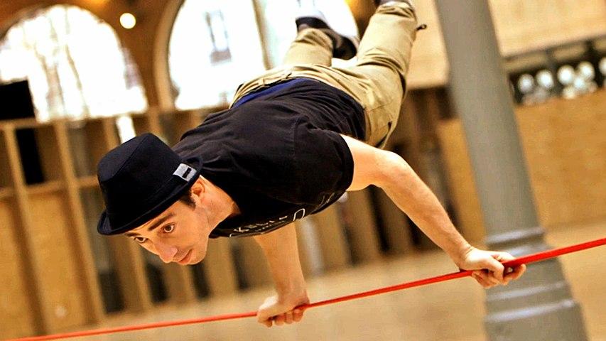 Slackline : Phenomenal new urban sport