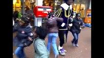 Zwarte Piet is racisme verwelkomt Sinterklaas optocht