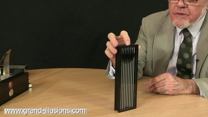 Luna - an amazing optical toy