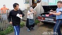 Ruska baka plese svoj ples