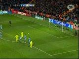 Lionel Messi perdonó: falló un penal ante el Manchester City a los 93' (VIDEO)