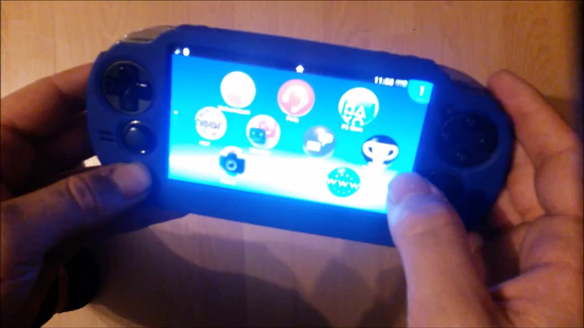 Minecraft PS Vita how to play ad hoc multiplayer (local multiplayer)