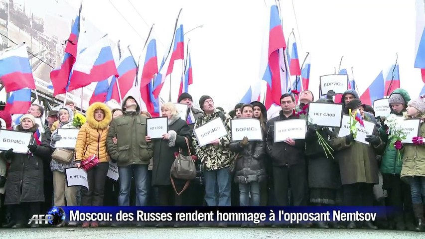 Moscou: les Russes rendent hommage à l'opposant Nemtsov