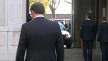 Davutoğlu, Portekiz Başbakanı Coelho Tarafından Resmi Törenle Karşılandı