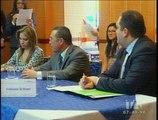 Senescyt entregó 474 becas a jóvenes ecuatorianos