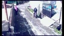 Un voleur de sac à main pas très fute-fute