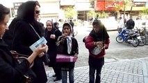 İranda Yetenekli Sokak Çalgıcısı Çocuklar