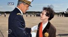 Journal de la Défense : Le journal de la Défense : Valérie André, médecin, parachutiste, pilote