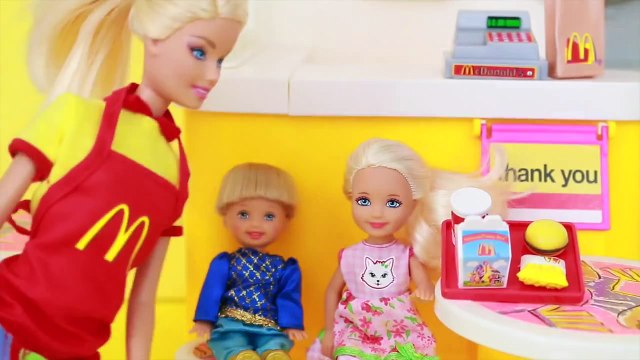 Frozen Toby Barbie AllToyCollector McDonald's Toy Playset Disney Anna kids NEW Crush Toby Date 4