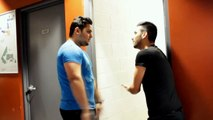 How desi people hold the door By Zaid Ali