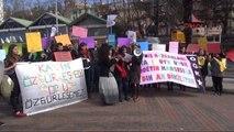 Kadına Şiddeti Tiyatro Oyunuyla Protesto Ettiler