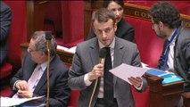 """Emmanuel Macron : """"Le nombre des études d'huissiers de justice a baissé de 20%"""""""