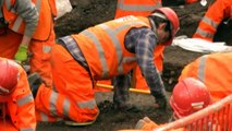 London's Crossrail unearths thousands of skeletons