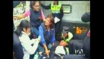 La reubicación de vendedores ambulantes genera enfrentamientos con policías en Quito