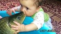 Ce que fait ce Bébé est Dégueulasse ! Regardez ce qu'il Fait