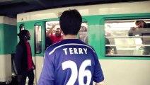 Des supporters parisiens parodient Chelsea