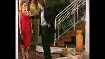 """[Celebridade] - 46- """"Conversa séria"""" - Laura chega à festa de Lineu (VACILO 2) e Renato fala que precisa ter uma conversa séria com ela"""