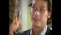 """[Celebridade] - 47- """"Desvendando Laura"""" - Renato chama Laura para conversar e avisa que vai suspender o noivado e que precisa dela naquela noite, apenas para surpreender Lineu"""