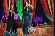 Desi Wedding Girls Enjoyable Dance On - Nan na Ry Nan na Ry