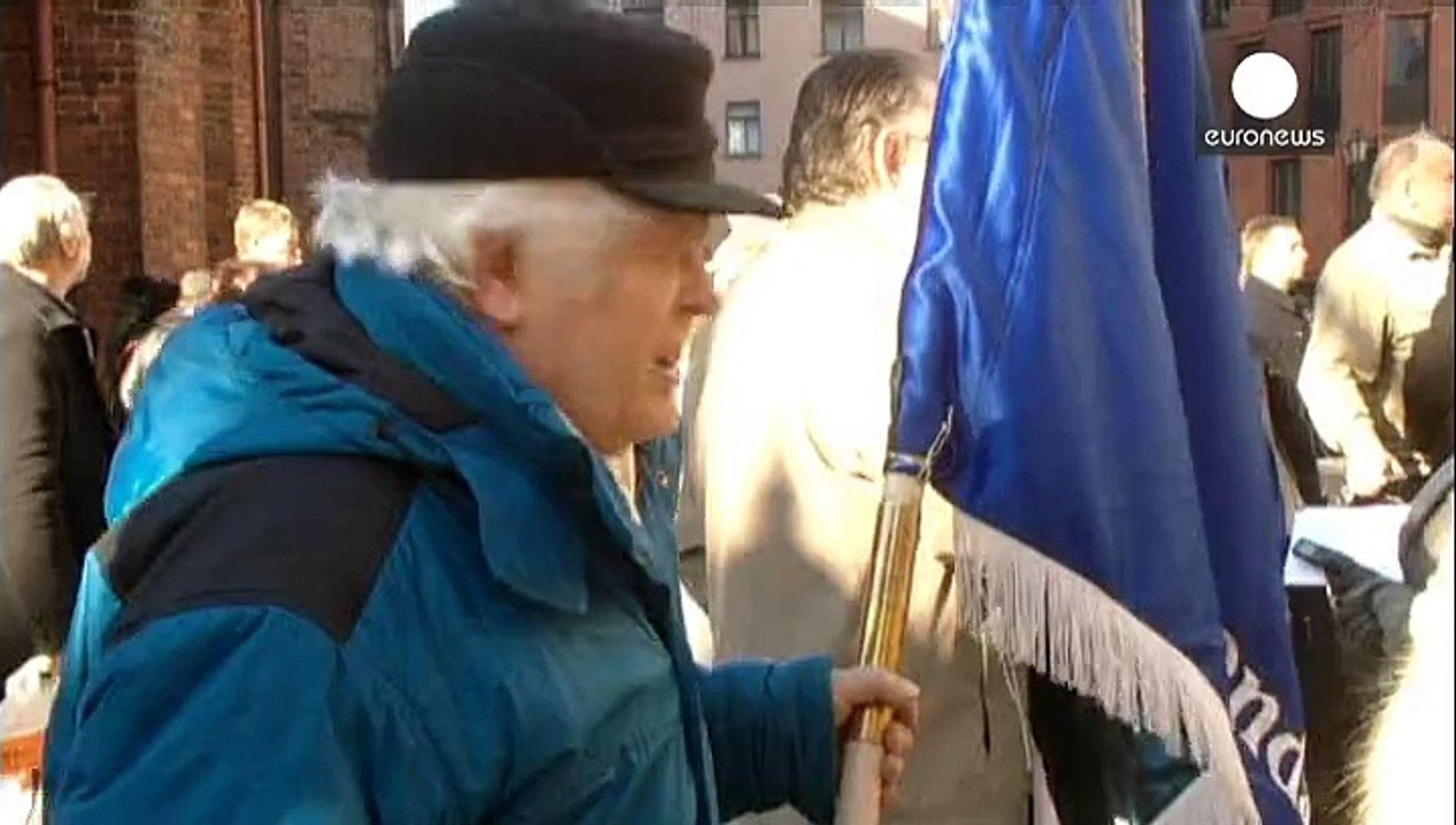 احياء ذكرى المحاربين اللاتفيين الذين انضموا للقوات النازية خلال الحرب العالمية الثانية للقتال ضد الا