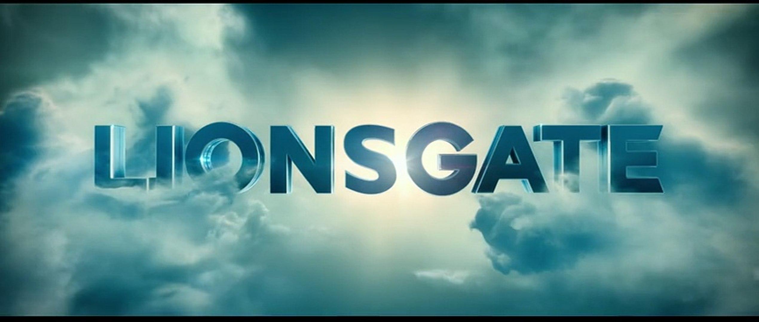 Nightlight (2015) Trailer - Trailer Addict