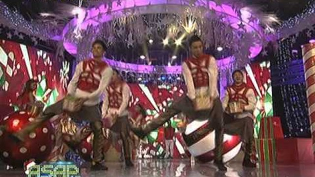 Angeline, Yeng sing 'Rockin' Around The Christmas Tree' on ASAP