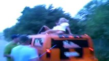 24h RENNEN 2007 SEXY GIRLS auf HUMMER ! HUMVEE!! HOT GILRS!! 2015