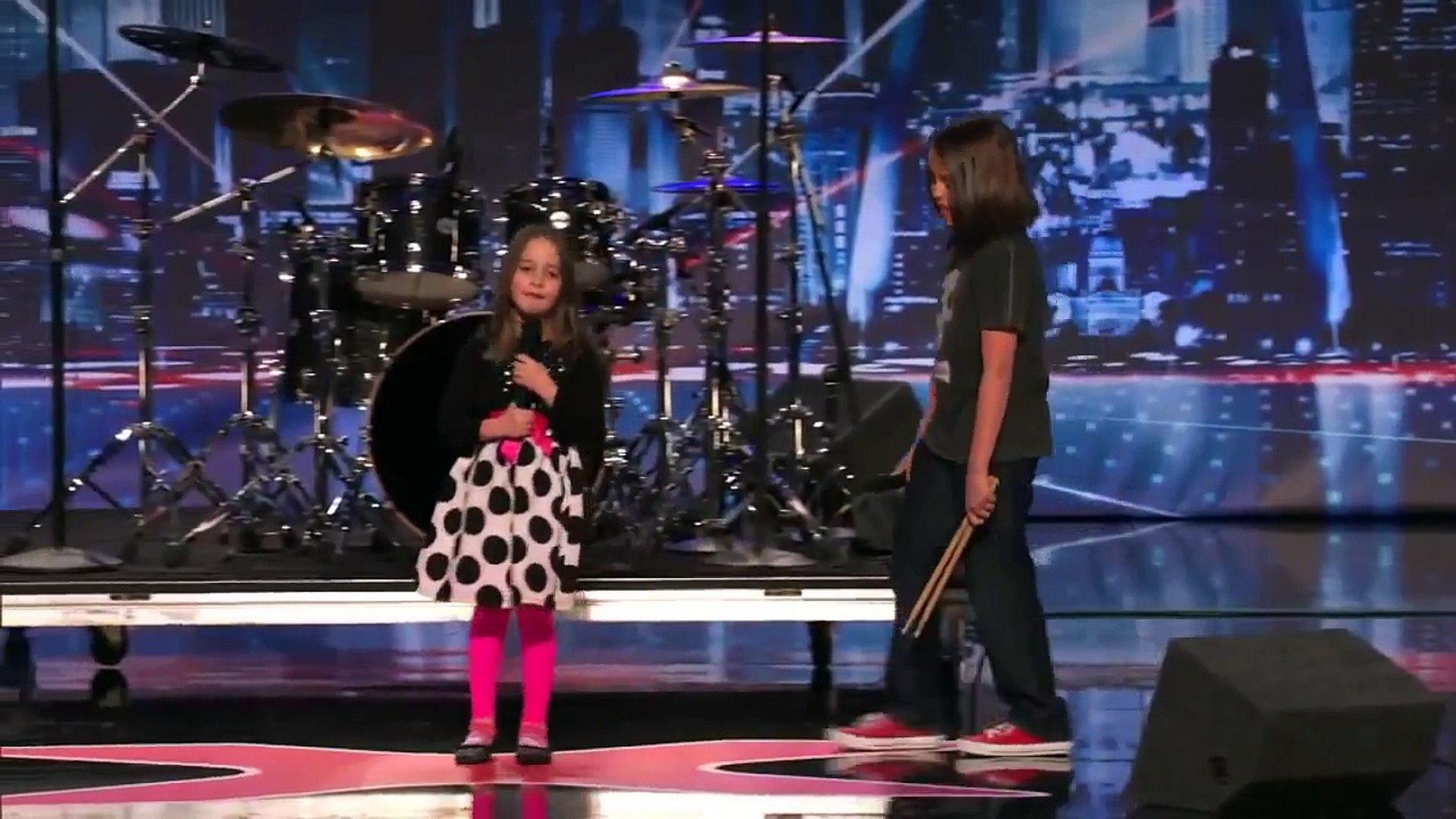 American's Got Talent Девочка 6 лет поет рок кожа зомби