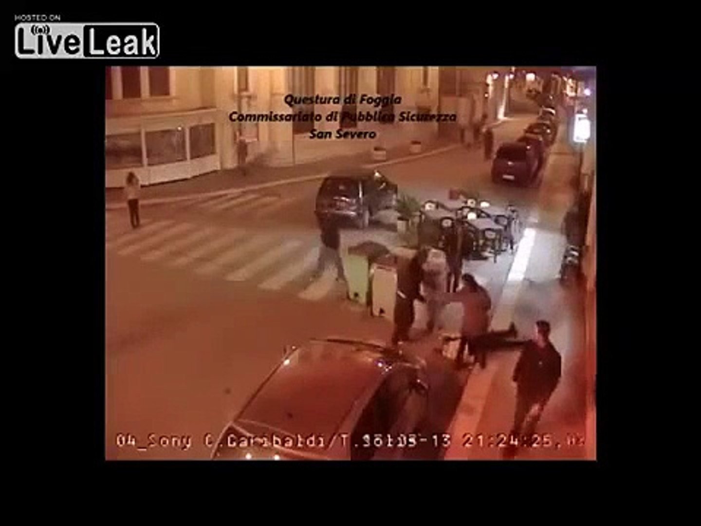 LiveLeak - Moroccan man gets brutally beaten outside a bar