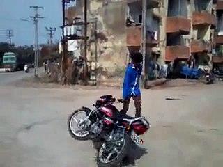 Bike Stunt fails - Video Dailymotion