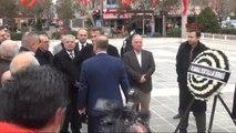 Çanakkale'ye Ziyarette Bulunan Beşiktaş Kulübü Başkanı Fikret Orman Atatürk Anıtı'na Çelenk Koydu...