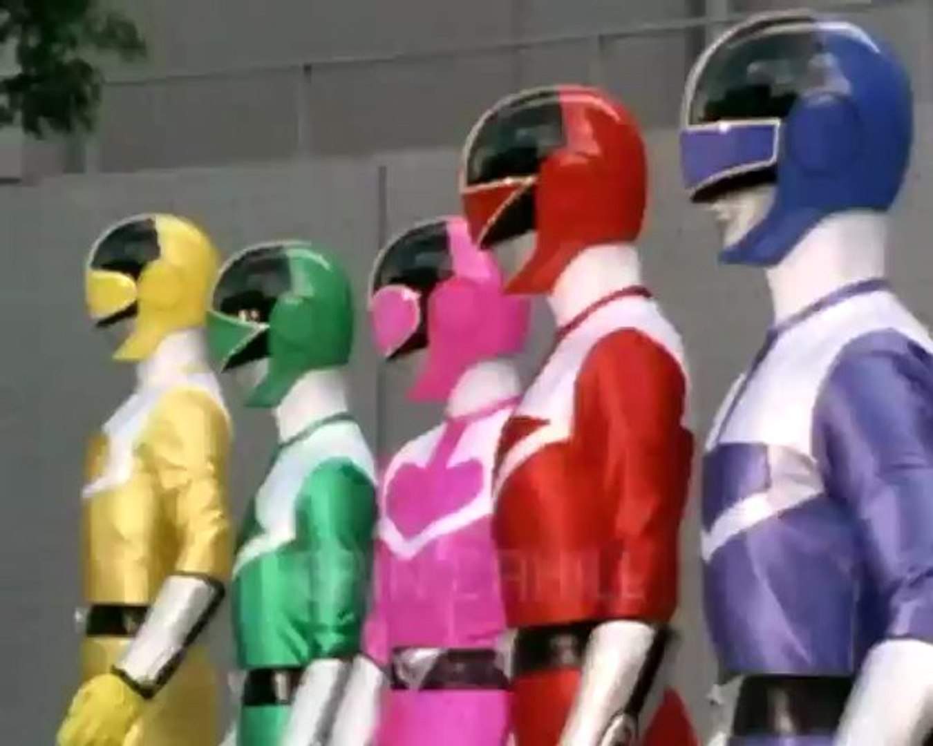 Power Rangers Time Force Episode 1