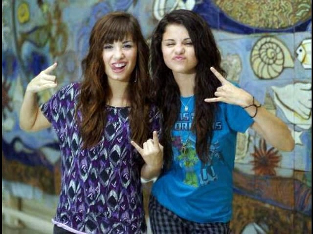 Rare Pictures Of Selena Gomez. http://bit.ly/2BuUAGT