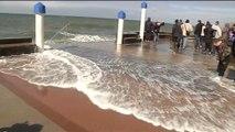 """""""Marée du siècle"""": des vagues impressionnantes à Wimereux, dans le Pas-de-Calais"""