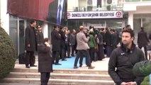 Erdoğan, Belediye Başkanlığı ile Garnizon Komutanlığı'nı Ziyaret Etti