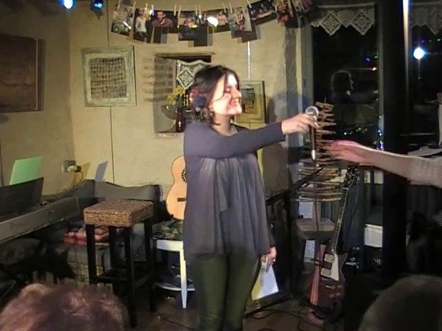 Fiona a cappella & crieuse II