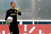 Relembre belas defesas de Renan pelo Botafogo