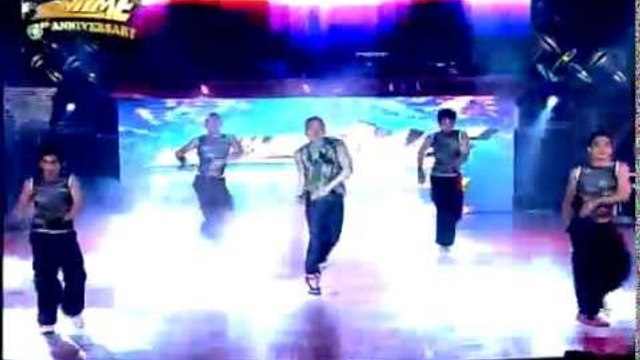 IT'S SHOWTIME 1st Anniversary: Vhong Navarro Performance