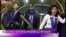 Malezyalı çiftin Slingshot'ta korku dolu anları