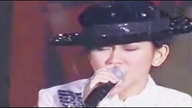 Sarah Geronimo sings 'You Are Not Alone' on ASAP