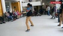 Saint-Brieuc. La danse hip-hop séduit les seniors d'un foyer-logements
