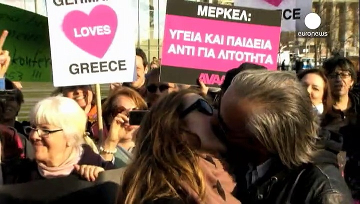 Greece and Germany 'kiss and make up'