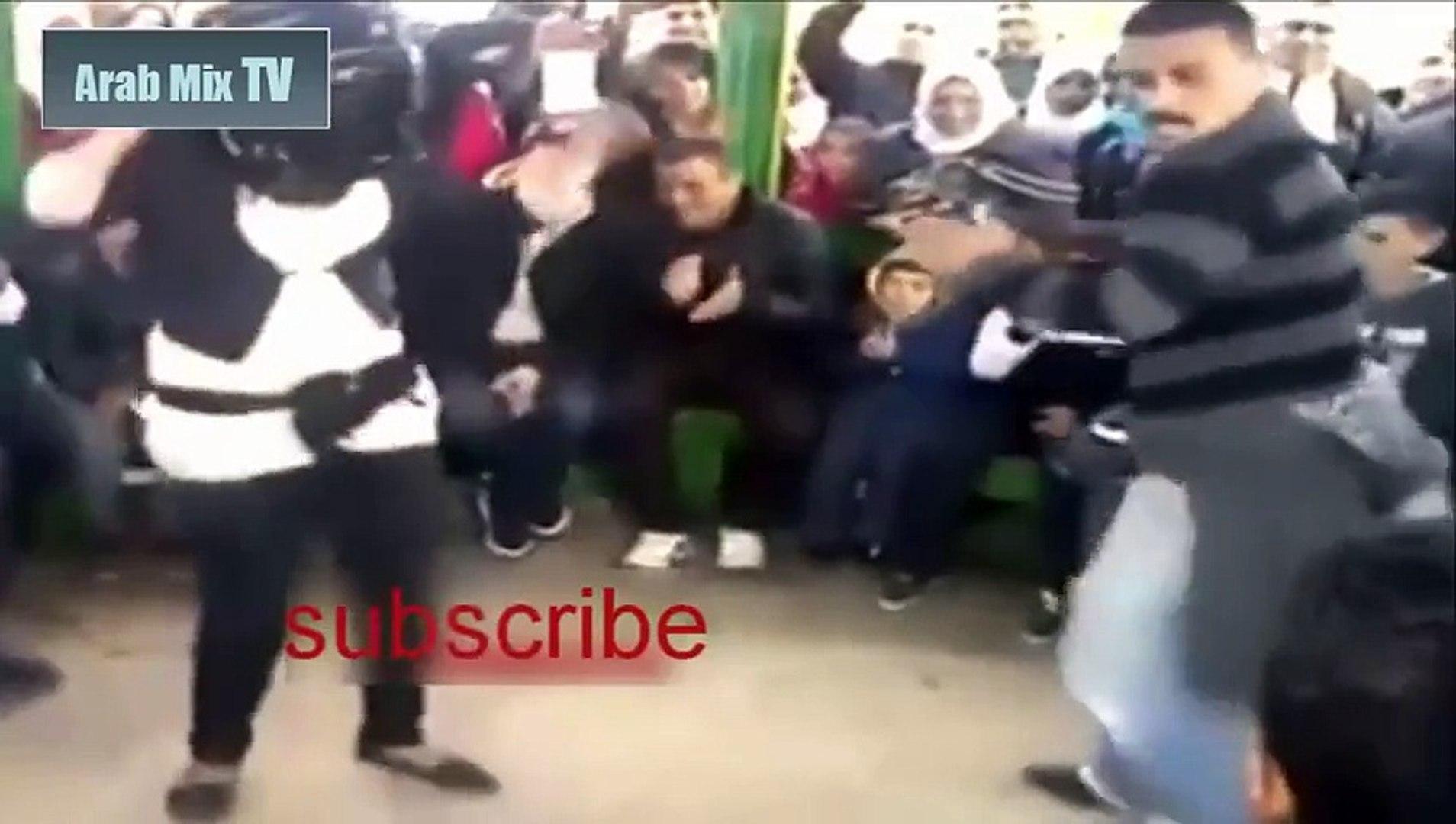 رقص مصري مصخرة جديد 2015 - رقص ممحونة وسط حشد من المتفرجين - رقص خليجي مثير جدا
